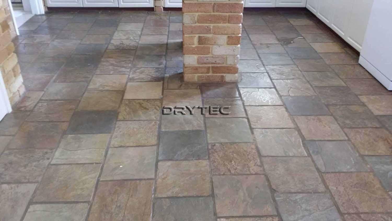 Slate-floor-tiles-cleaning-sealing
