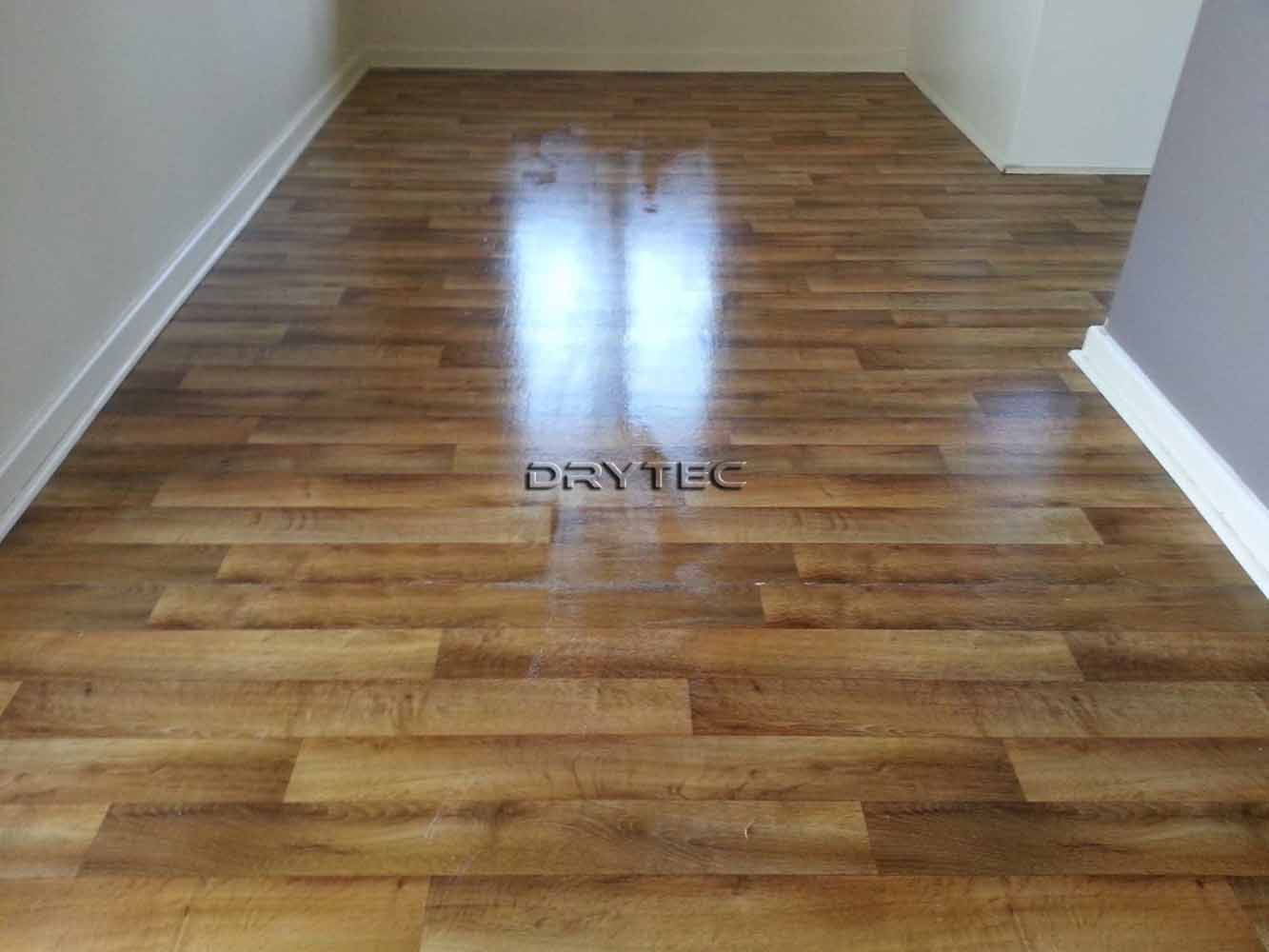 Vinyl Floor Tiles Stripping- Cleaning and Sealing Services in Perth WA